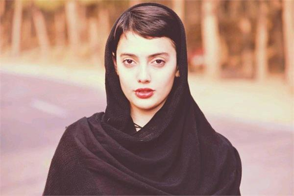 women protest in favor of iranian girl who detained for posting dance videos