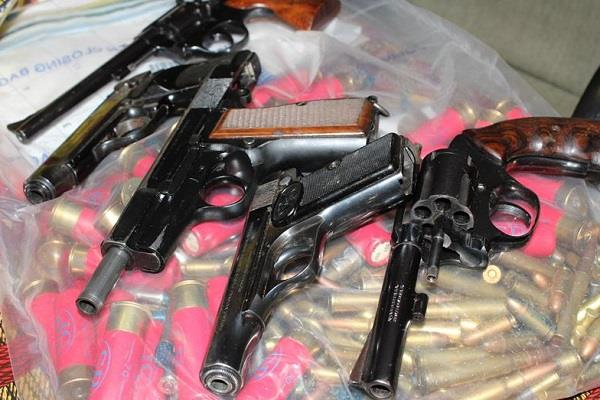 two arrested with illegal weapon in ahmedabad