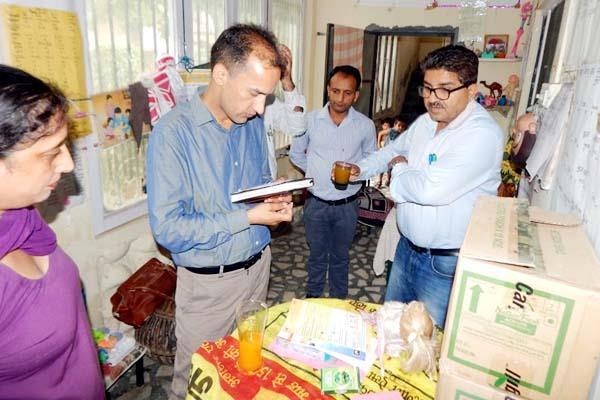sdm nurpur inspect the anganwadi center