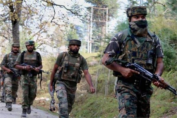 militant attack on crpf  2 injured