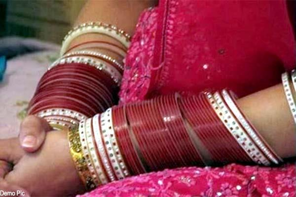 rampage in police station by newly married s allegations