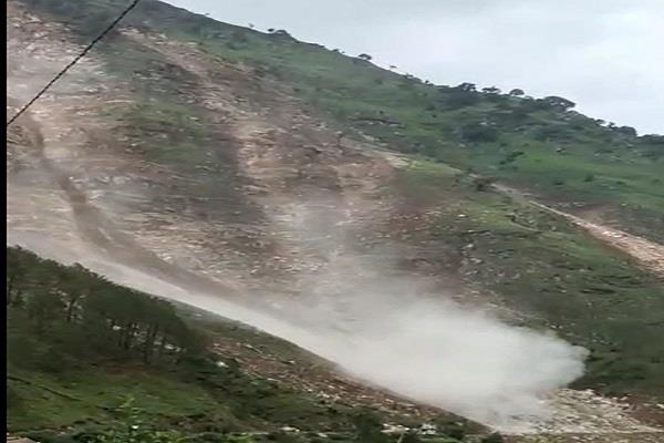 yamunotri highway closed due to landslide