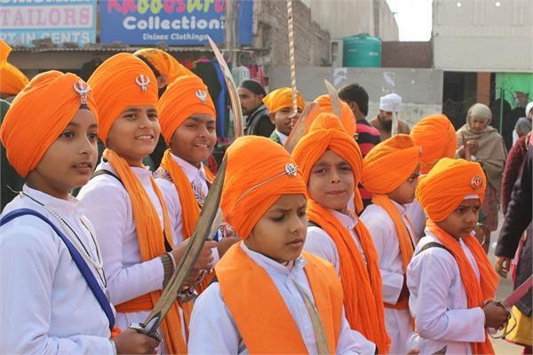 new york schools will be given information about sikh religion