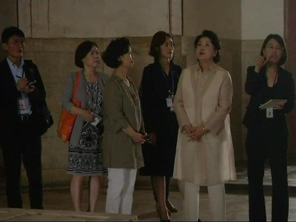 south korea s first woman to visit humayun s tomb
