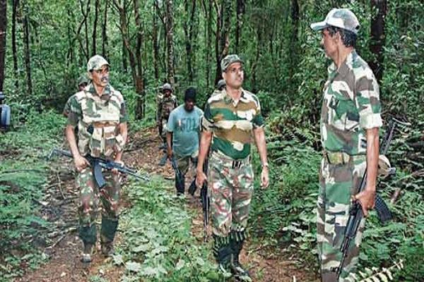 explosion in chhattisgarh landmine two bsf jawans