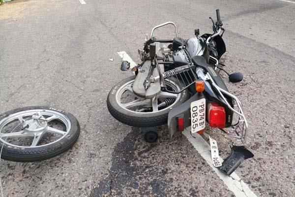 painful incident collision between pickup bike death of youth