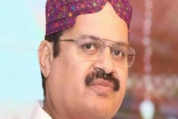 mahesh malani was the first hindu to win the national assembly seat in sindh