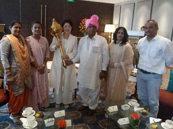 south korean president and his wife who came to meet geeta