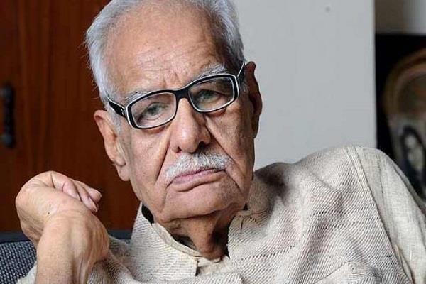 senior journalist kuldip nayar dies at the age of 95