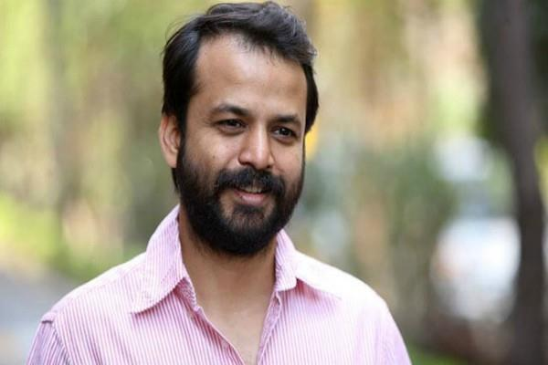 i am not involved in active politics at the moment ashish khetan