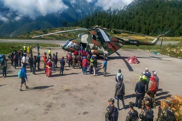 kailash mansarovar yatra 184 indian pilgrims stranded in nepal