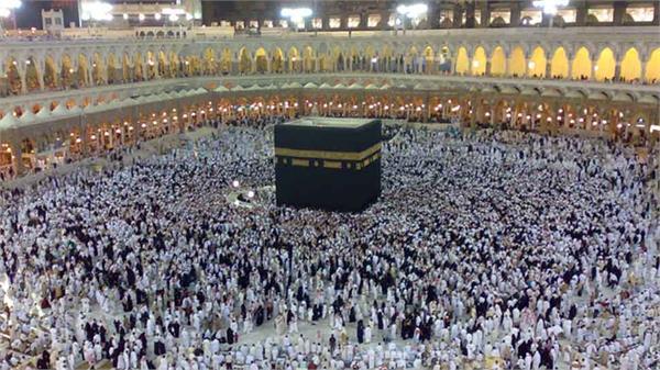 canadian haj pilgrims in crisis due to diplomatic dispute