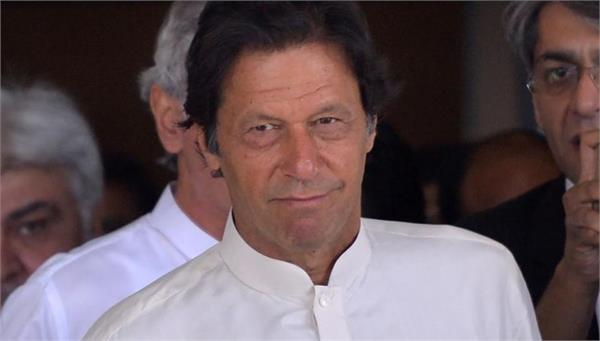 swearing ceremony of imran khan on 18 august indianinvited