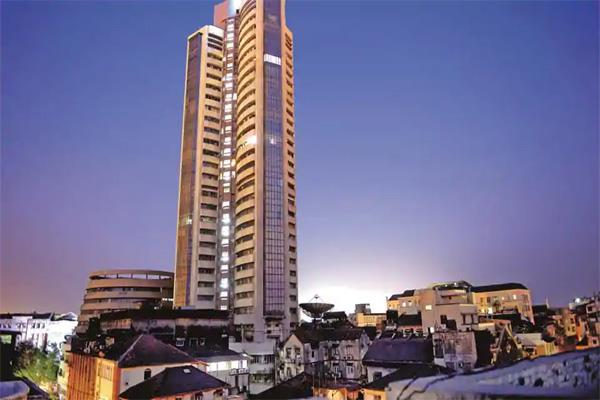 sensex nifty at new height in early trading