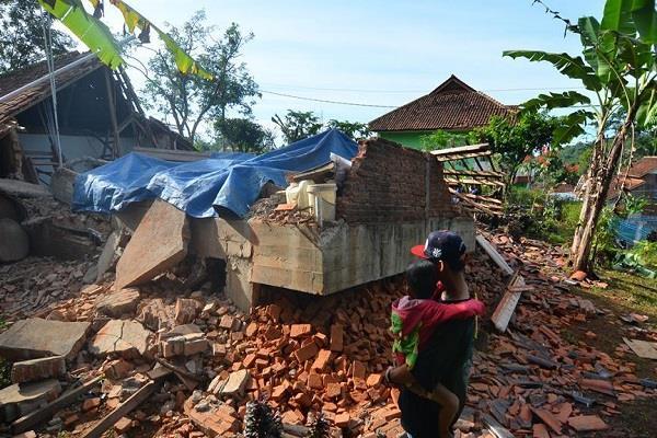 earthquake shocks in indonesia no casualtie