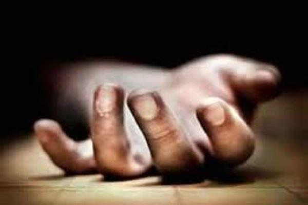 4 people committed suicide at different places in pataudi