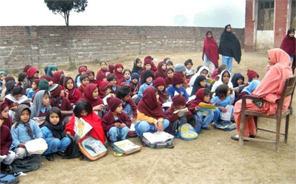with the help of corporate houses punjab government schools will improve