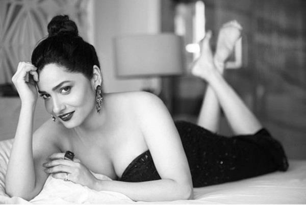 ankita lokhande share bold pictures on instagram