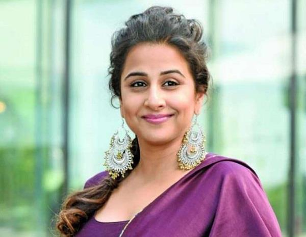 vidya balan become the brand ambassador of stay happy pharmacy