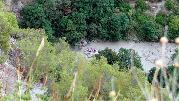 italy 11 people 23 people saved due to heavy showers saved