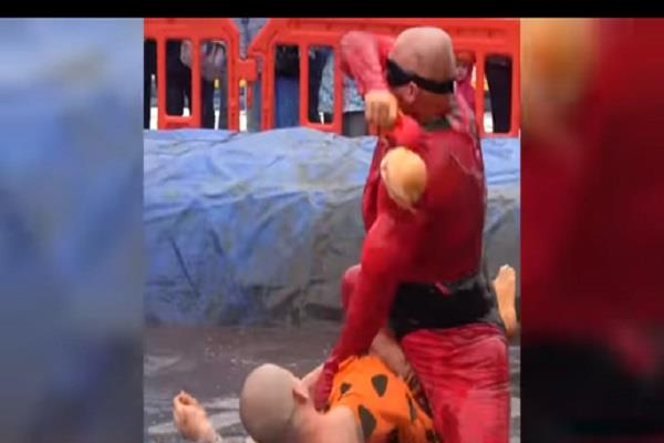world gravy wrestling championships take place at the rose n bow