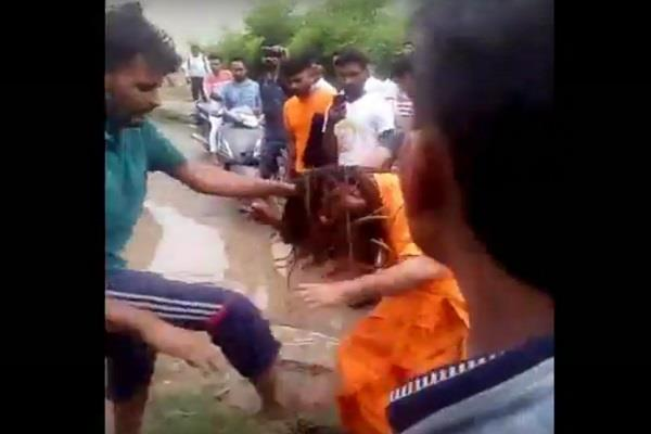 you will be stunned to see fatehabad s baba beating in punjab