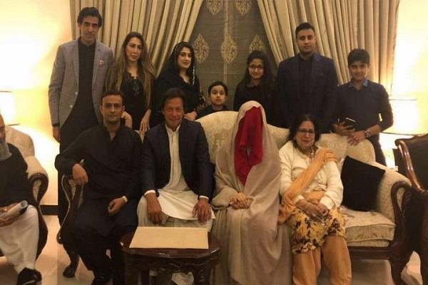 cop refuses to apologise to imran khan s wife s ex husband sacked