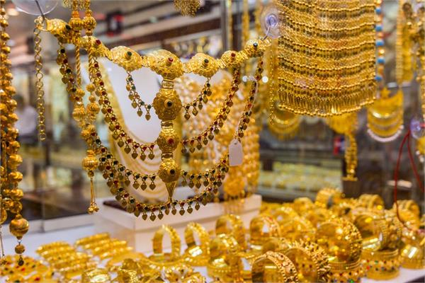 silver at lower levels of eight months gold 30 rupees slipped