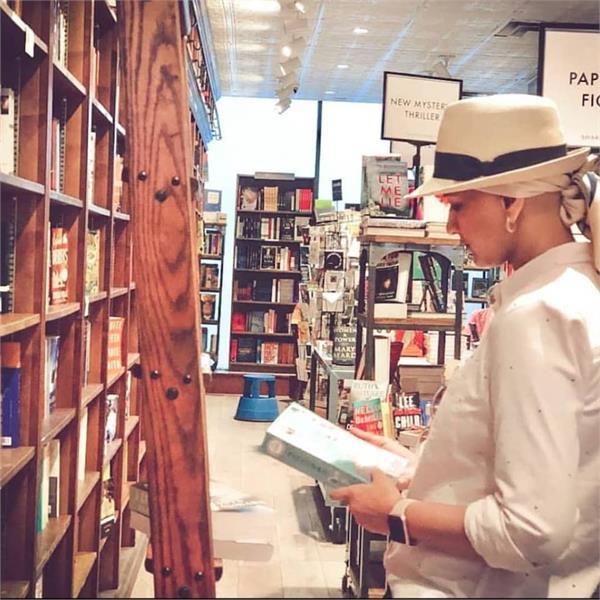 सोनाली ने शेयर की नई तस्वीर, जानिए कैसे बिता रही हैं अपना समय