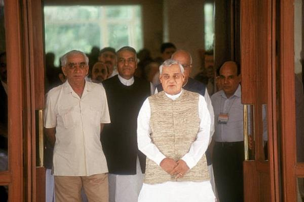 jaswant singh does not know about vajpayee death