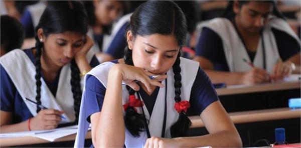 pakistan muslim woman is educating hindu children in schools built in temple