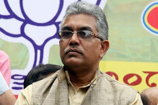 attacked on bjp chief dilip ghosh car