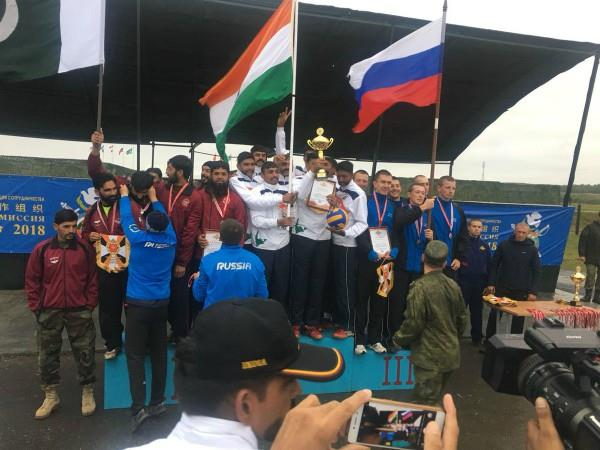 india defeated pakistan russian soldiers happy