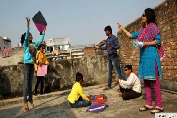 delhi government asked schools to discourage children to blow kites