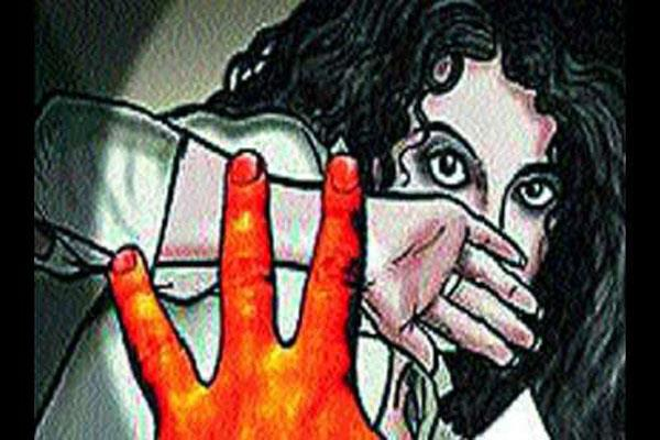 boy arrested for molesting school girl