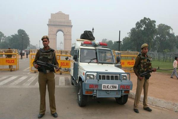 5 terrorists infiltrated in delhi intelligence agencies issued alert