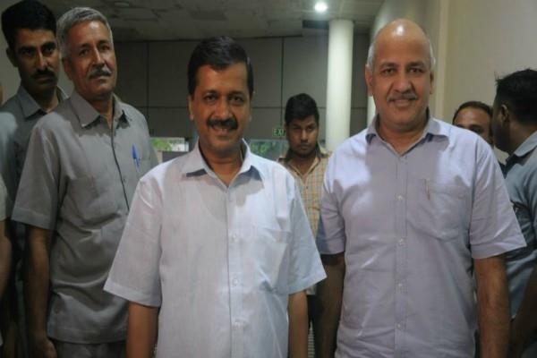 officer not attend the meeting kejriwal cut the half day
