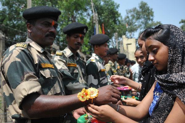 rahi festival celebrated at suchetgarh border
