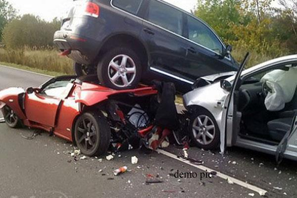 accident in kashmir 5 killed