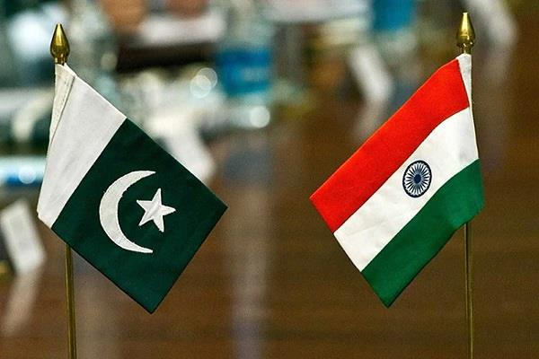 do india help the neighbor pakistan