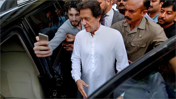 india should be in talks to resolve differences imran khan