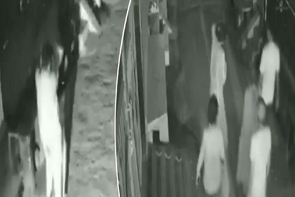 delhi shahdara police vidoe viral