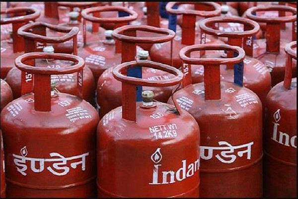 all bpl families will get gas connections before october 2