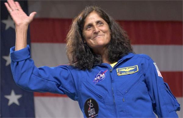 sunita among 9 astronauts named by nasa for first commercial flights