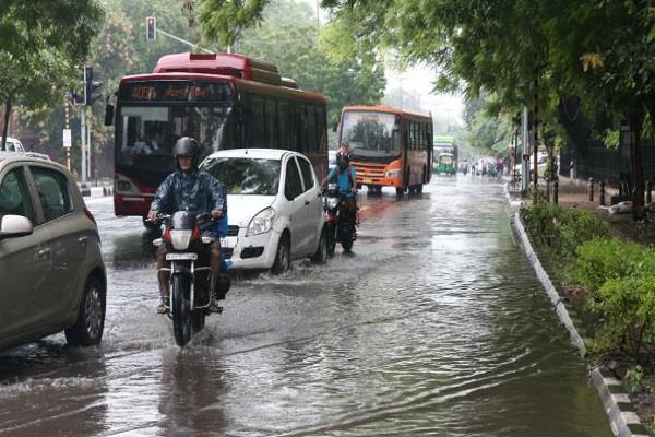 heavy rain warnings in 16 states