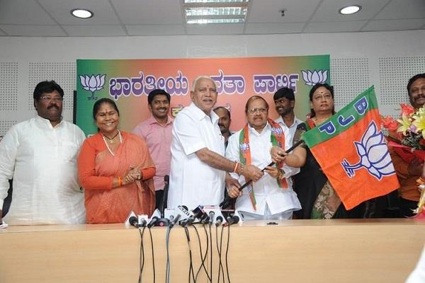 many congress leaders will join bjp yeddyurappa