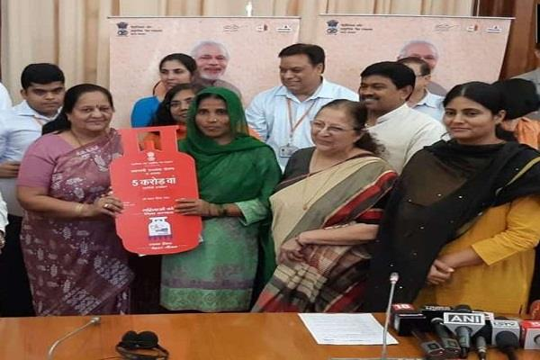 targeting to provide 5 million free lpg connections