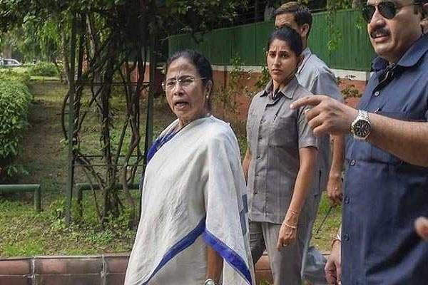 mamta encircles modi government on nrc issue through poetry