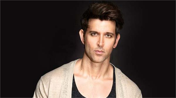 police filed a complaint against actor hrithik roshan