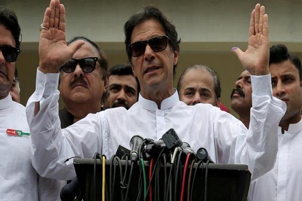 pakistan s newly elected pakistani parliament meeting on monday